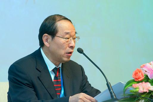 中房协会长刘志峰发表讲话.jpg